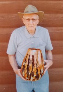 wood artist Shirlen Heath